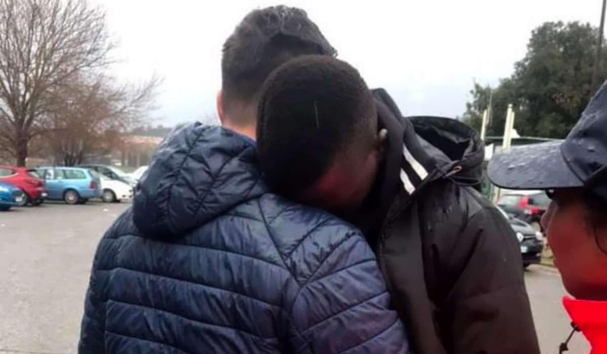 Salvini esulta per aver chiuso il centro per rifugiati di Castelnuovo di Porto