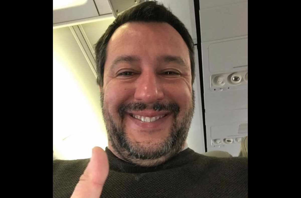 Salvini va in Sardegna pensando che Centinaio abbia risolto i problemi dei pastori sardi. In realtà...