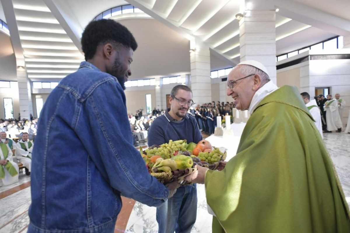 Papa Francesco a Sacrofano: Sulla paura del popolo cresce la violenza dei dittatori