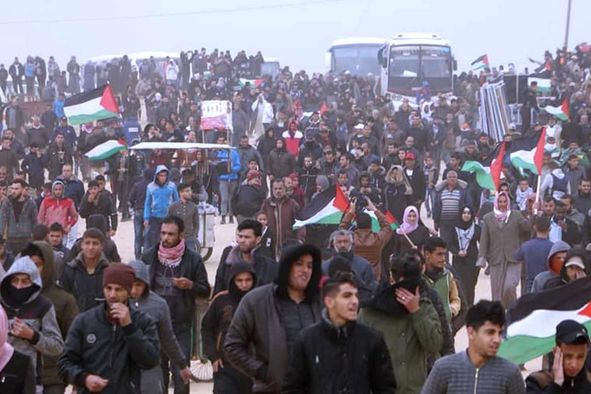 Tre giovani palestinesi nuove vittime israeliane per il primo anniversario della Grande Marcia del Ritorno