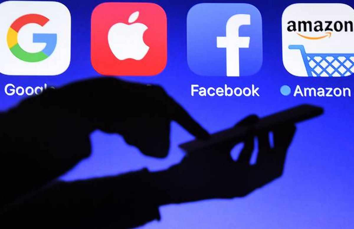In Gran Bretagna si chiedono nuove regole contro i giganti del mondo digitale