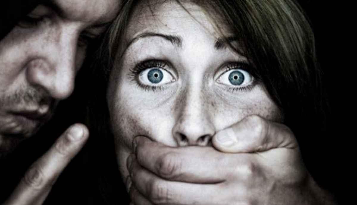 Nessuna tolleranza per pedofili e stupratori, ma è meglio non dire che sono italiani e di destra