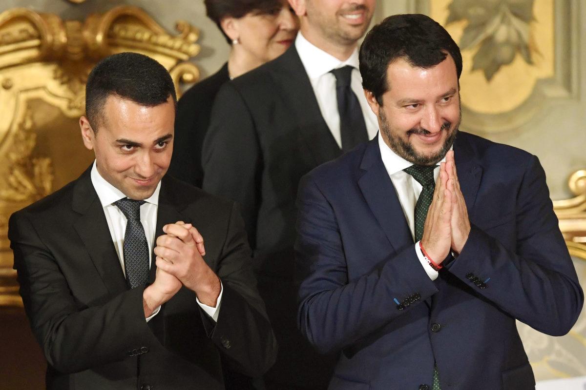 Tra confusione e disperazione, Salvini e Di Maio oggi potrebbero assistere al loro funerale