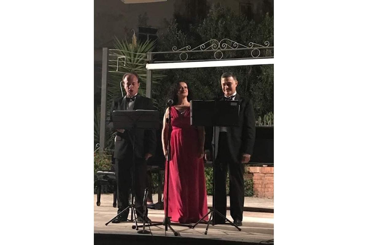 Applausi e grande successo per il Recital del Trio lirico De Maio Lupoli al Giardino di Palazzo del Trono di Cetraro