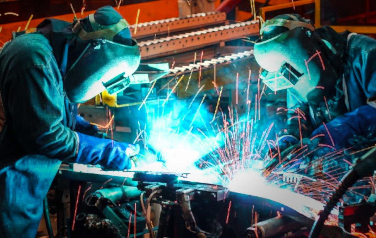 Istat, ancora in calo produzione industriale a luglio 2019
