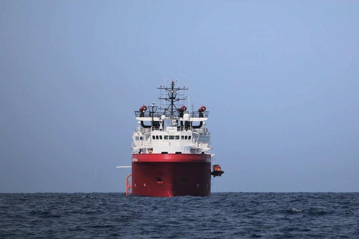 L'MRCC di Roma ha concesso alla Ocean Viking di poter sbarcare a Lampedusa gli 82 migranti a bordo