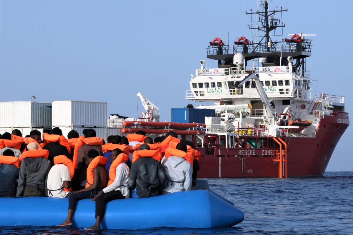 Il Viminale assegna il porto di Messina come PoS per la Ocean Viking ed i suoi 182 migranti a bordo