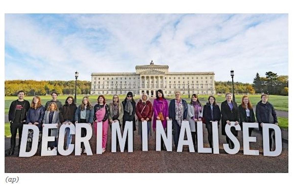 Aborto e matrimonio gay: sì dell'Irlanda del Nord grazie al Parlamento inglese