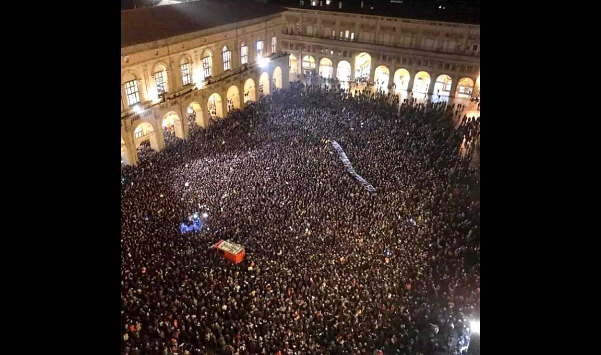 Piazza Maggiore PalaDozza 2-1: Bologna non si lega