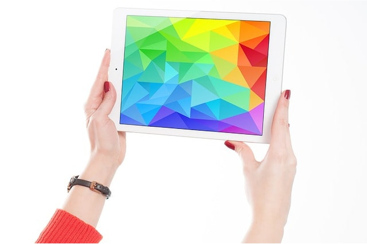 Adobe Photoshop per iPad, la versione completa disponibile in App Store