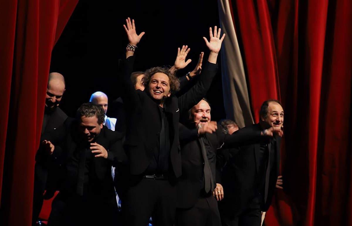 Pietra Ligure, al Moretti in scena il nuovo ed esilarante spettacolo dei Bruciabaracche