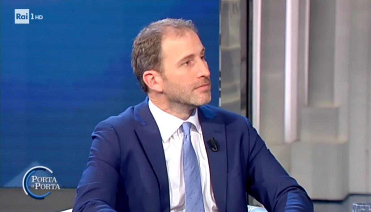 Casaleggio a Porta a Porta: troppo facile il monologo... qualsiasi attivista storico o ex  terminale di rete presente in studio lo avrebbe distrutto
