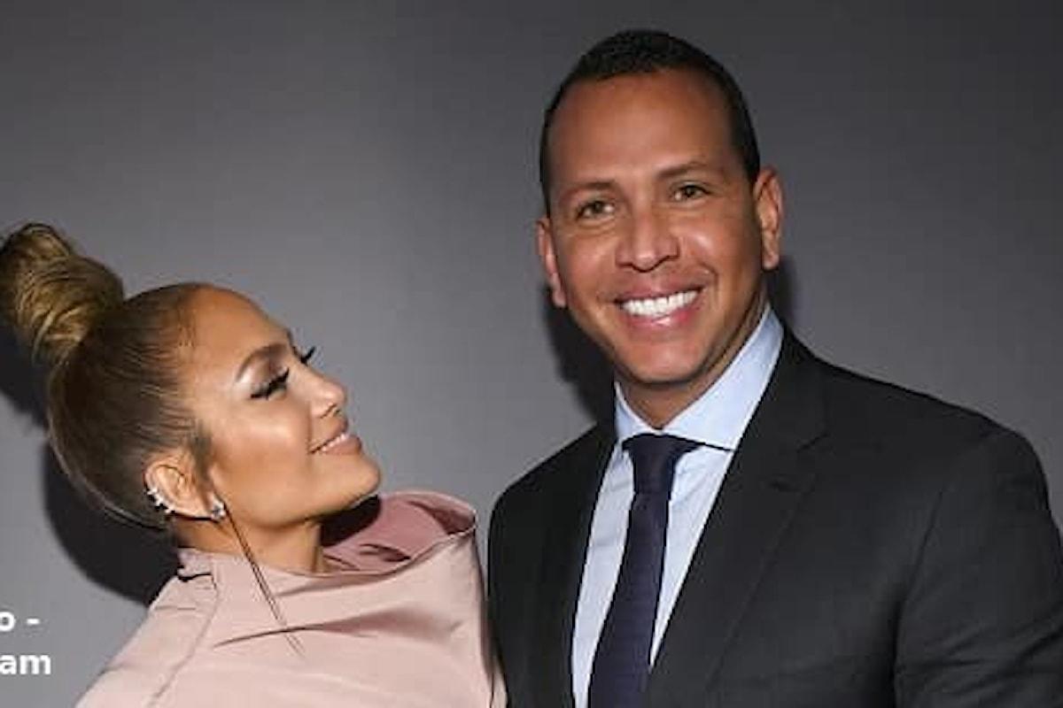 Jennifer Lopez ha rimandato il matrimonio con Alex Rodriguez