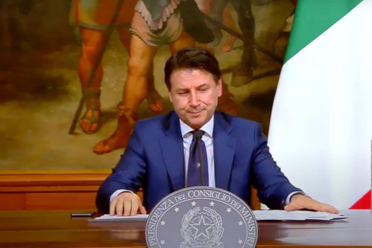 Conte: l'Italia rimane chiusa fino al 3 maggio e su Salvini e Meloni...