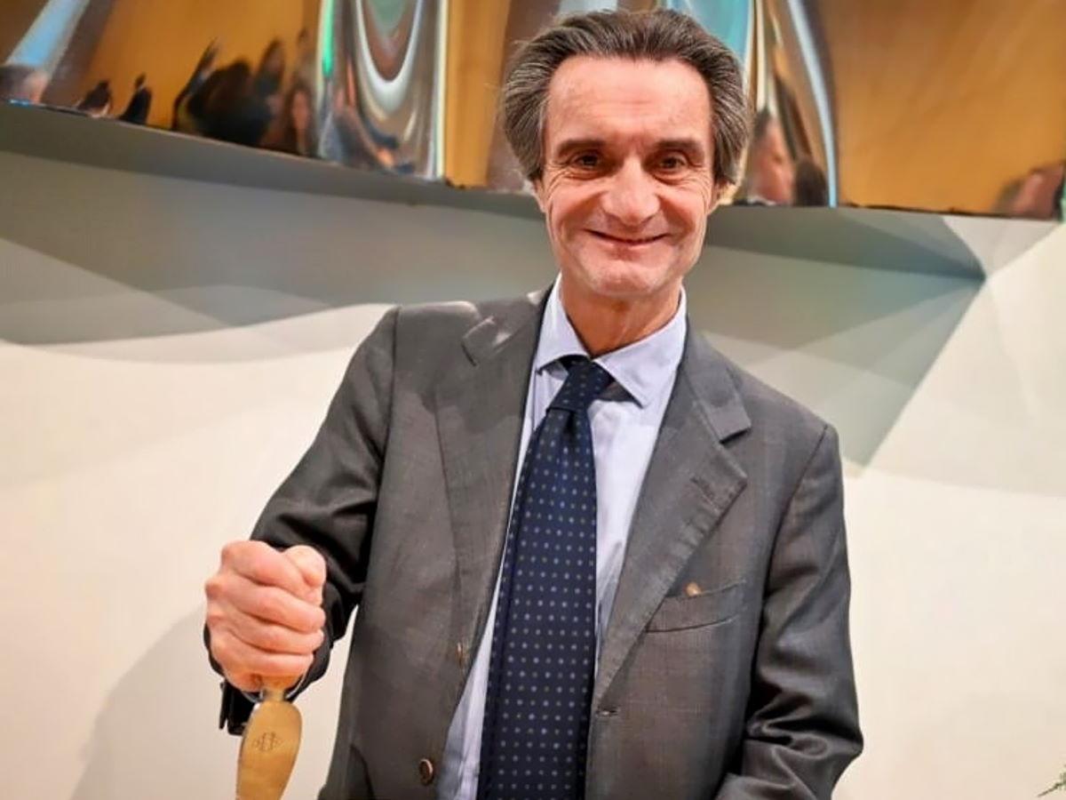 L'autocelebrazione di Attilio Fontana a dispetto della tragica realtà di quanto accaduto in Lombardia
