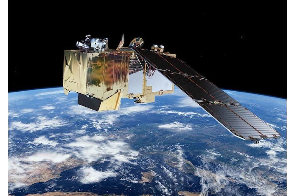 Intelligenza artificiale e satelliti per rendere più facile rilevare la minima presenza di plastica in mare