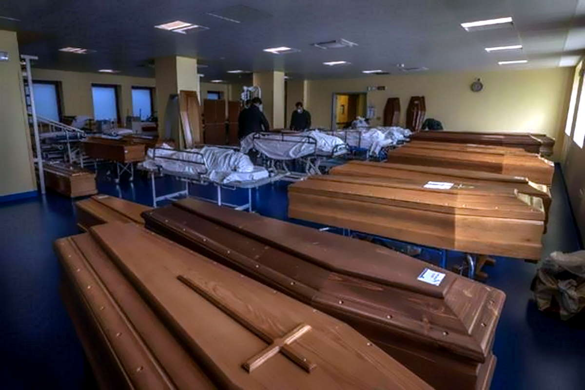 Covid all'8 maggio: superata la soglia dei 30mila decessi