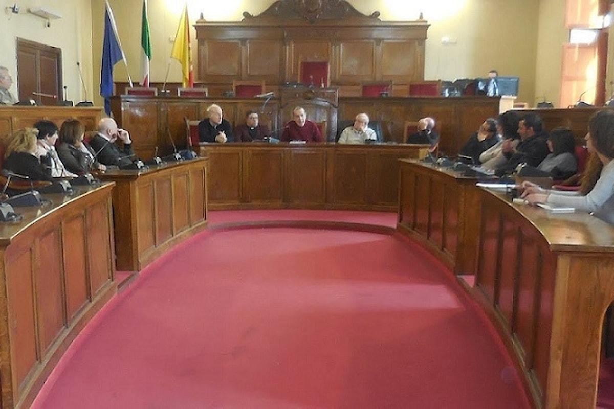 Milazzo (ME) - Consiglio approva modifica regolamento tributi e convenzione con ufficio progettazioni della Regione
