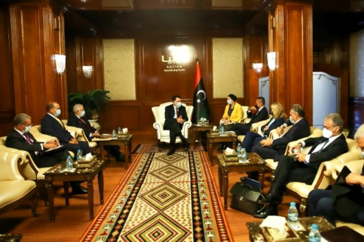 Di Maio a Tripoli mentre al Sisi ha minacciato di invadere la Tripolitania