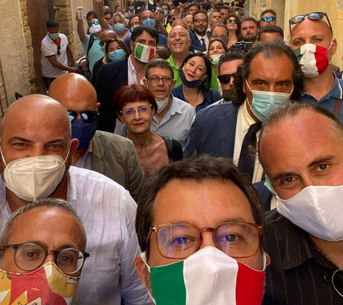 Covid al 12 giugno, 393 i nuovi casi mentre Salvini continua ad impegnarsi per diffondere il contagio