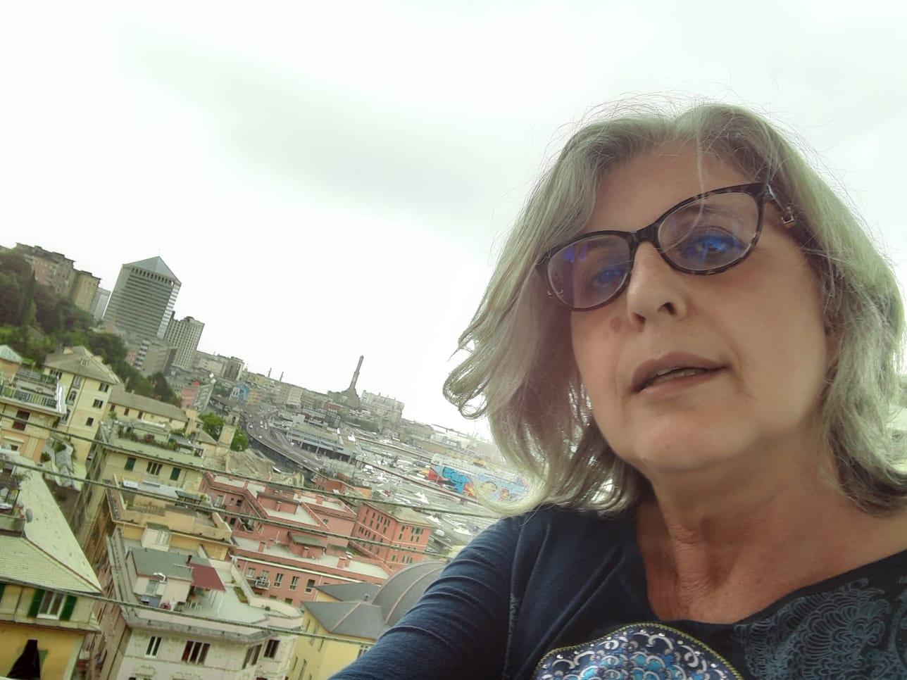 Paola De Nisco incontra lo scrittore Lorenzo Caravella