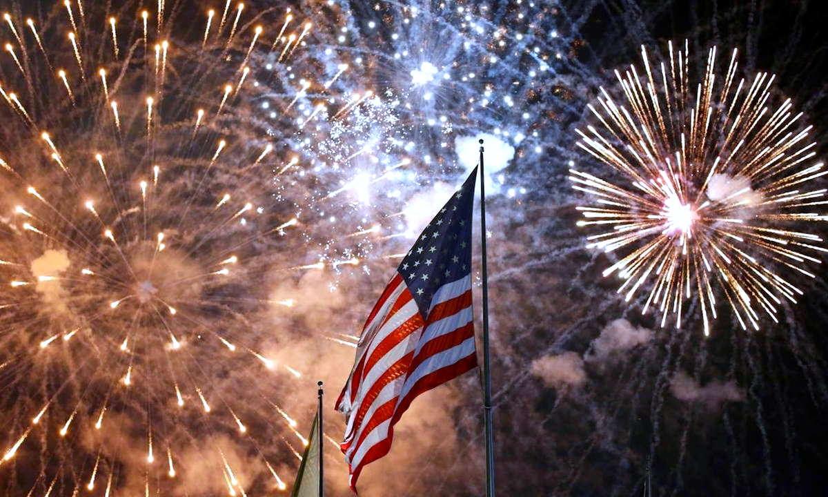4 luglio, Indipendence day: le autorità sanitarie Usa si appellano agli americani perché rimangano a casa