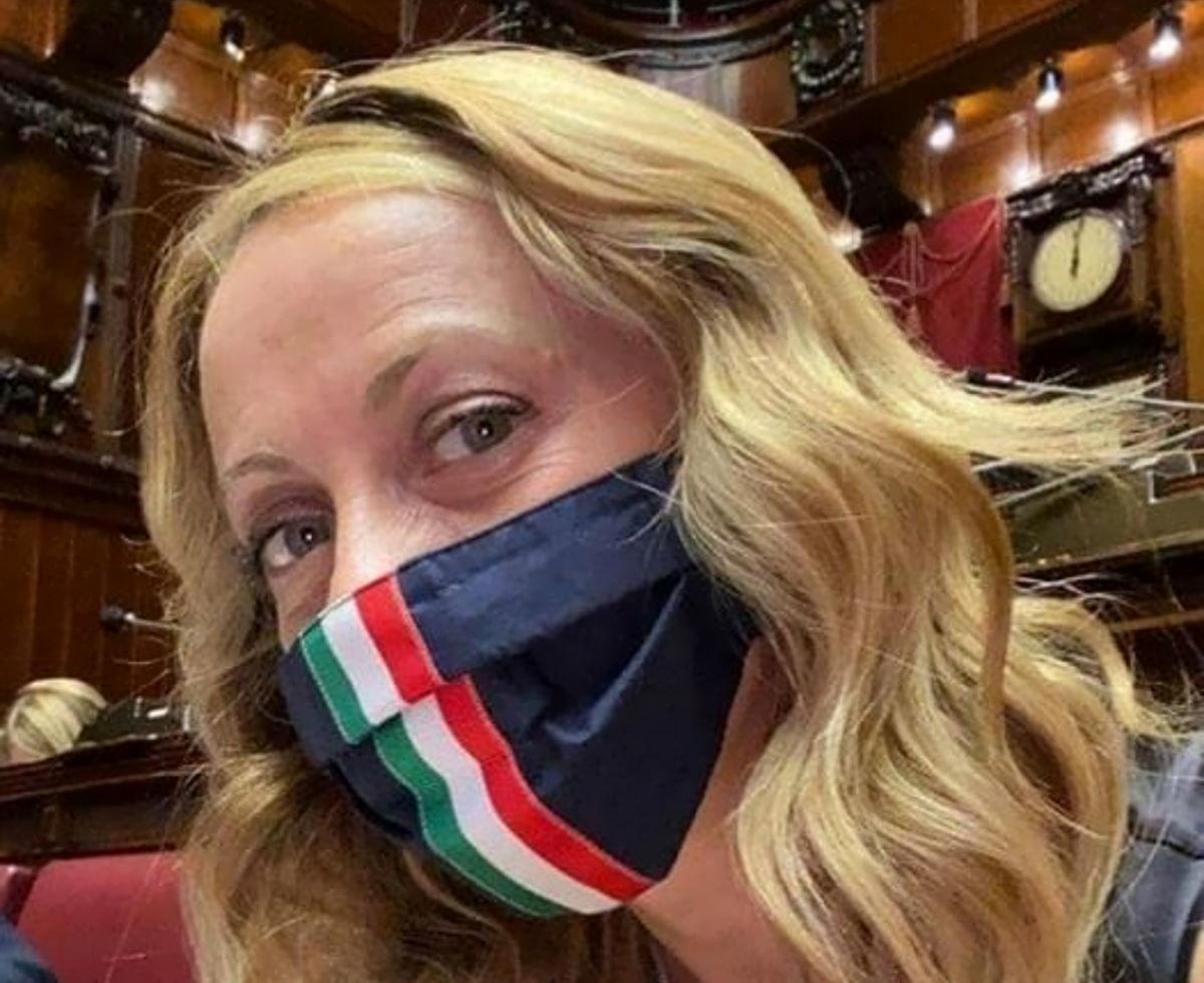 La Meloni pro Orban incalza Conte sulla proroga dello stato di emergenza
