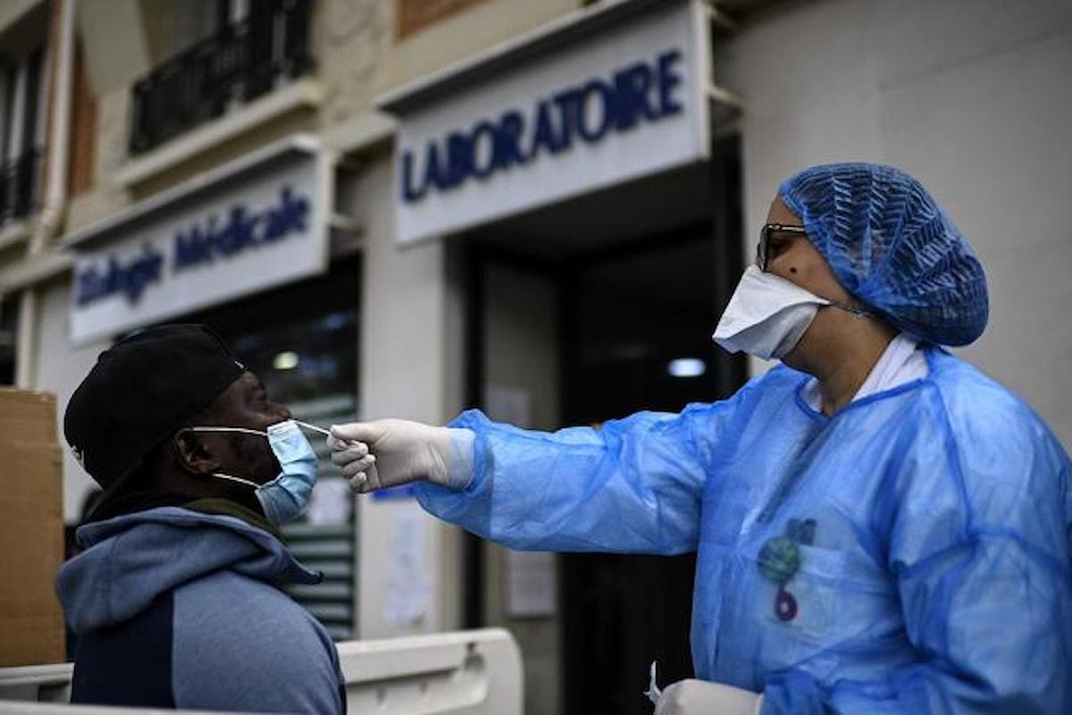 Oltre 25 milioni i contagiati da coronavirus nel mondo, 843mila i morti: ma c'è chi parla di bufala