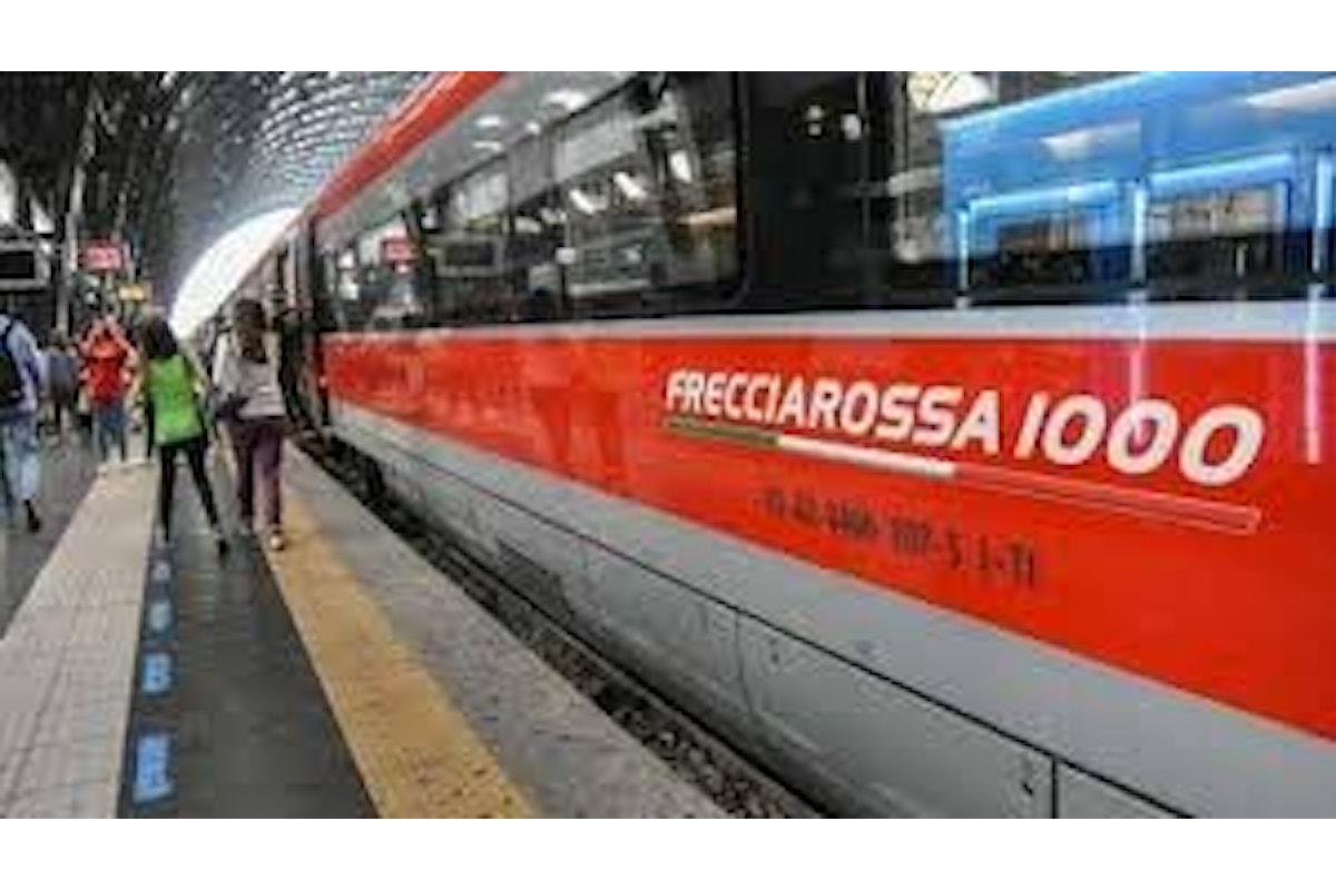 Il ministro della salute Roberto Speranza firma un'ordinanza che ribadisce le misure di distanziamento e l'obbligo delle mascherine al chiuso