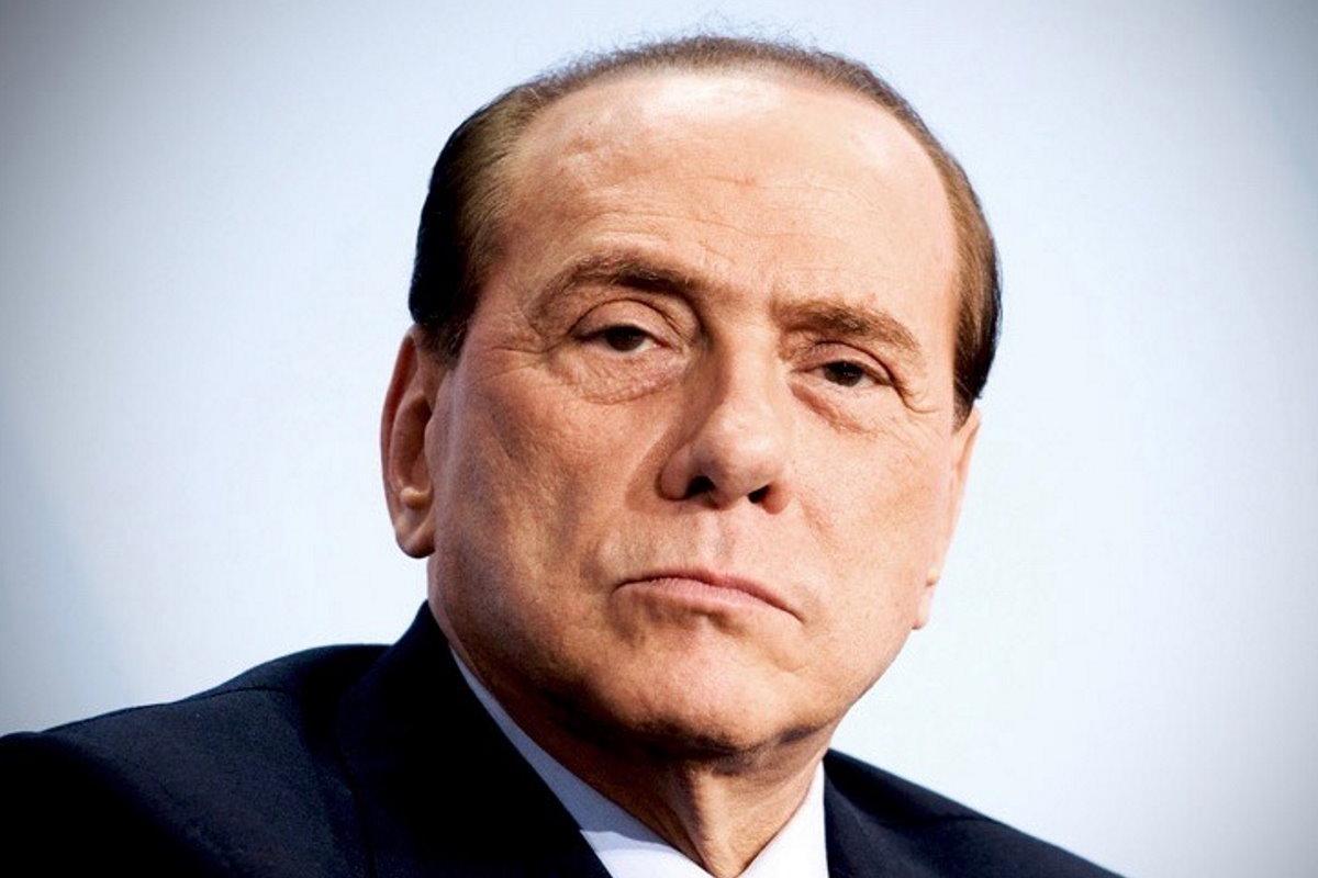 Stanno tutti bene, per fortuna, nella famiglia Contagioni... pardon, Berlusconi