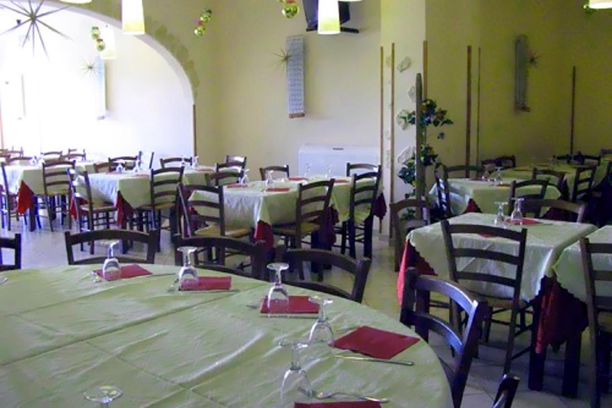Dpcm: secondo Fipe le misure annunciate dal governo costeranno altri 2,7 miliardi di euro alle imprese della ristorazione