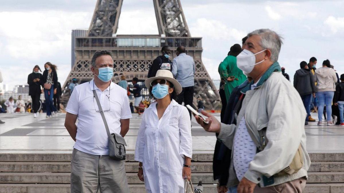 Record di contagiati Covid in Francia: 27mila nelle ultime 24 ore