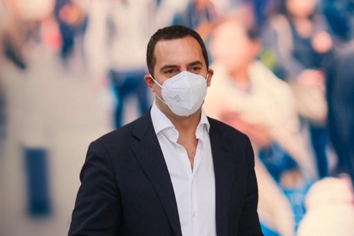 Pandemia: il ministro Spadafora invita il calcio a preparare un piano B