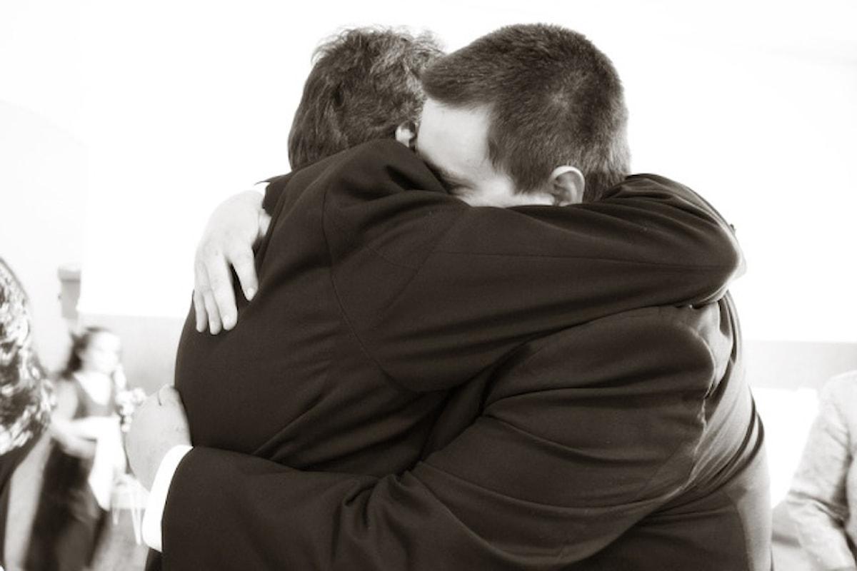 Un abbraccio e un altro ancora