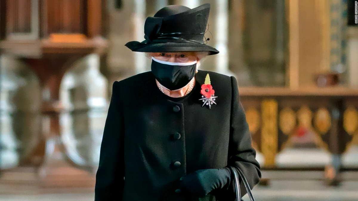 La regina Elisabetta e il marito Filippo fin da subito si vaccineranno contro il Covid