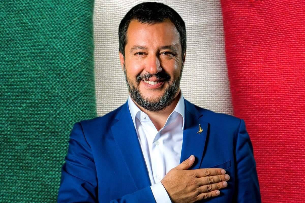 È Natale e per questo - secondo Salvini - dovremmo contagiarci