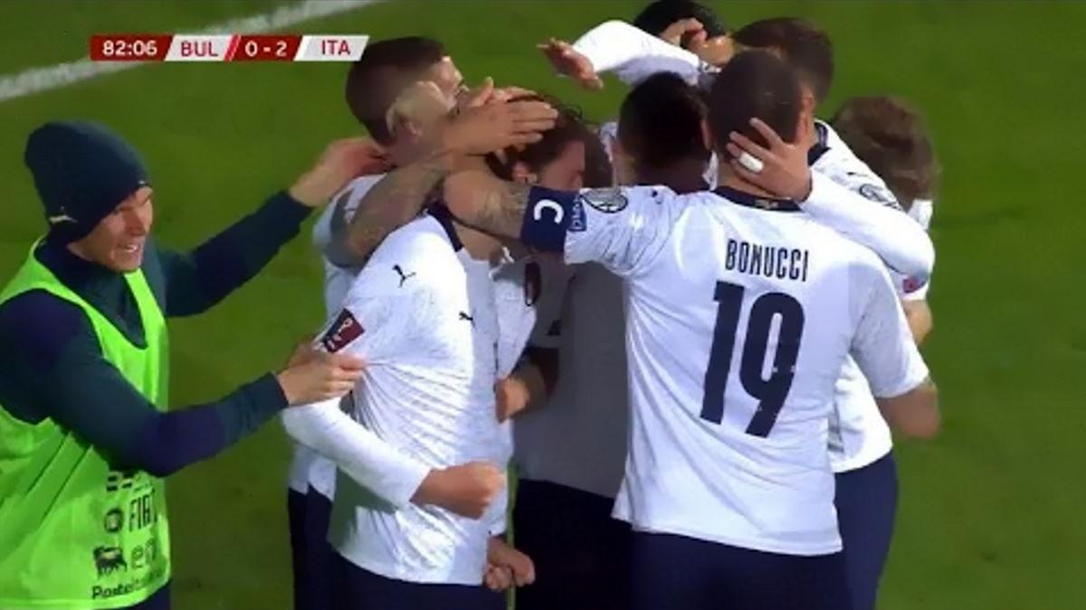 Non entusiasma, ma vince anche in Bulgaria la nazionale di Mancini che continua a macinare record