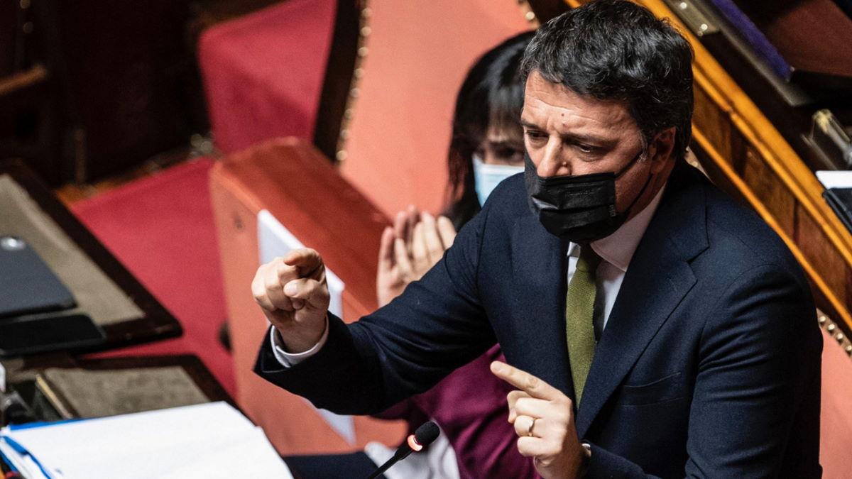 Martedì 30 marzo Renzi fa sapere che sarà al Senato, ma dovrebbe osservare un periodo di quarantena per essere stato in Bahrain