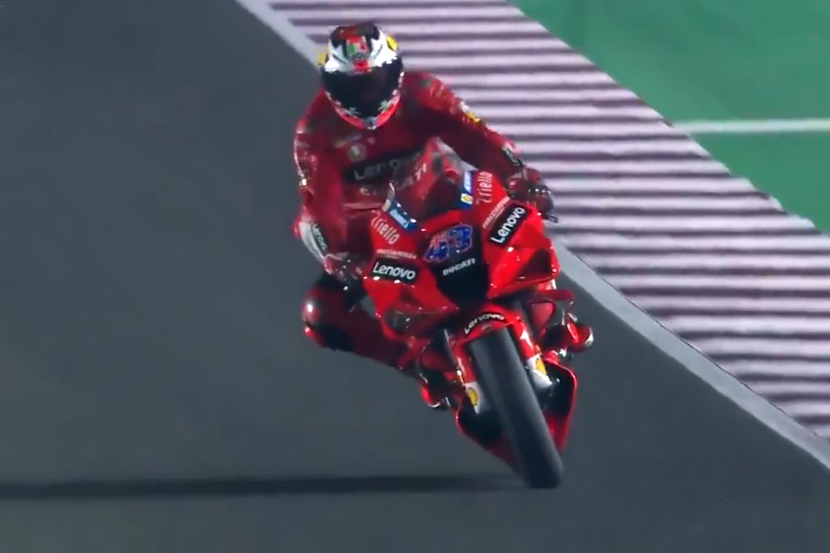 MotoGP, nelle libere del venerdì del GP di Doha sono ancora le Ducati le moto più veloci