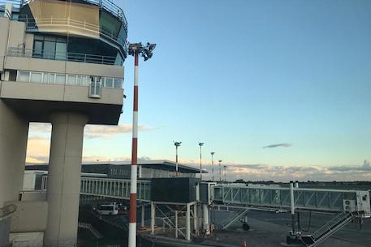 Disagi per il traffico aereo all'aeroporto di Catania per la 17a eruzione dell'Etna dal 2021