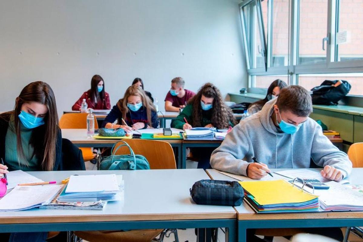 """Lettera Aperta al Governo: """"Non riaprire le scuole superiori"""""""