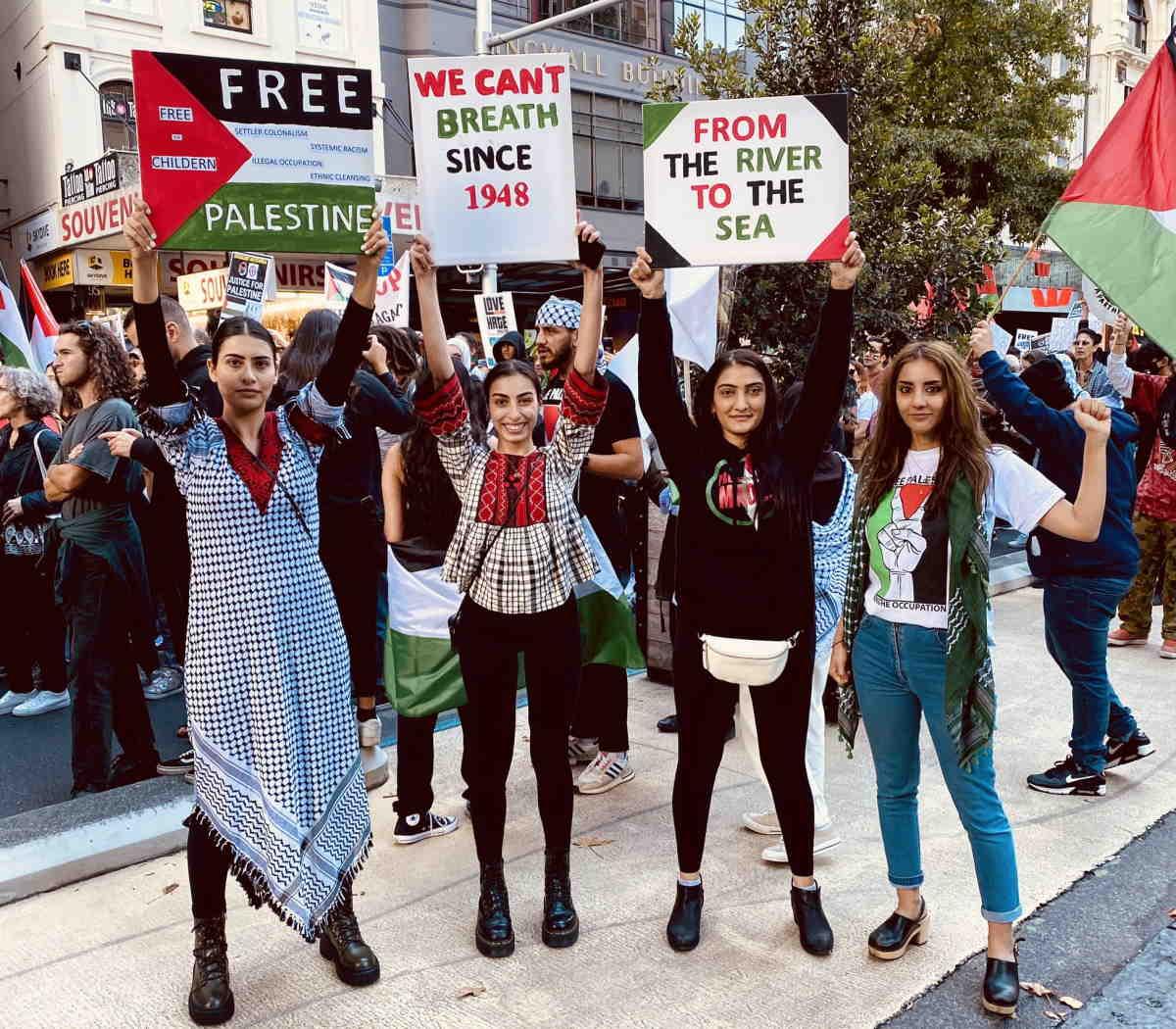Moni Ovadia: La politica di Israele è segregazionista, razzista, colonialista...