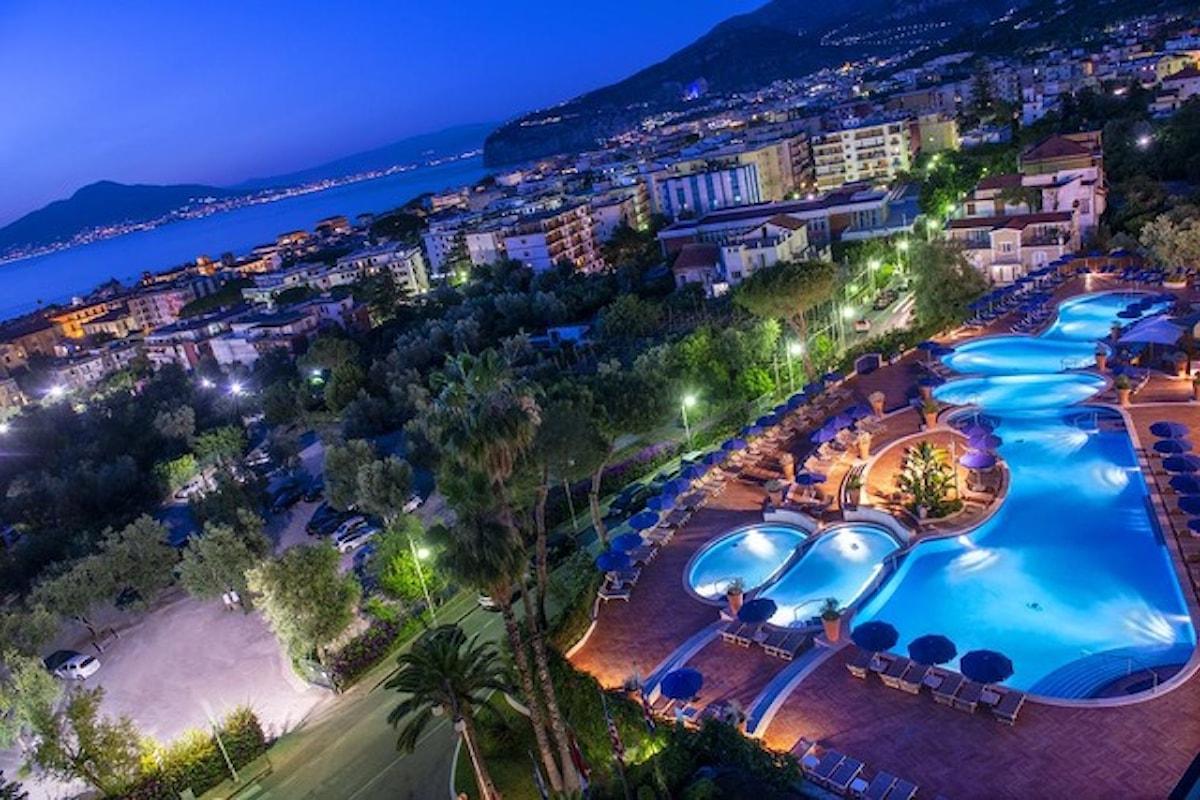 La Terrazza Lounge Bar, Sunset Aperitif da sogno all'Hilton Sorrento Palace, dal 10 giugno