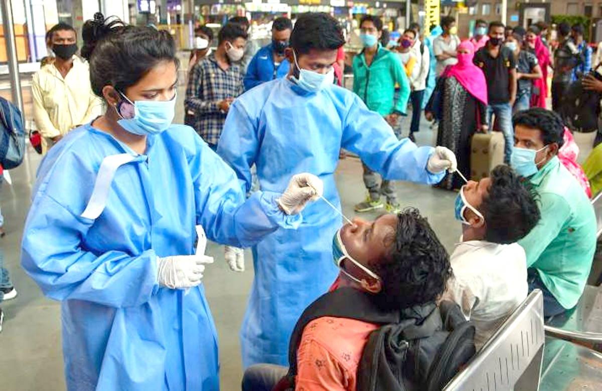 Seconda ondata in India: contagi in calo o solo carenza di test?