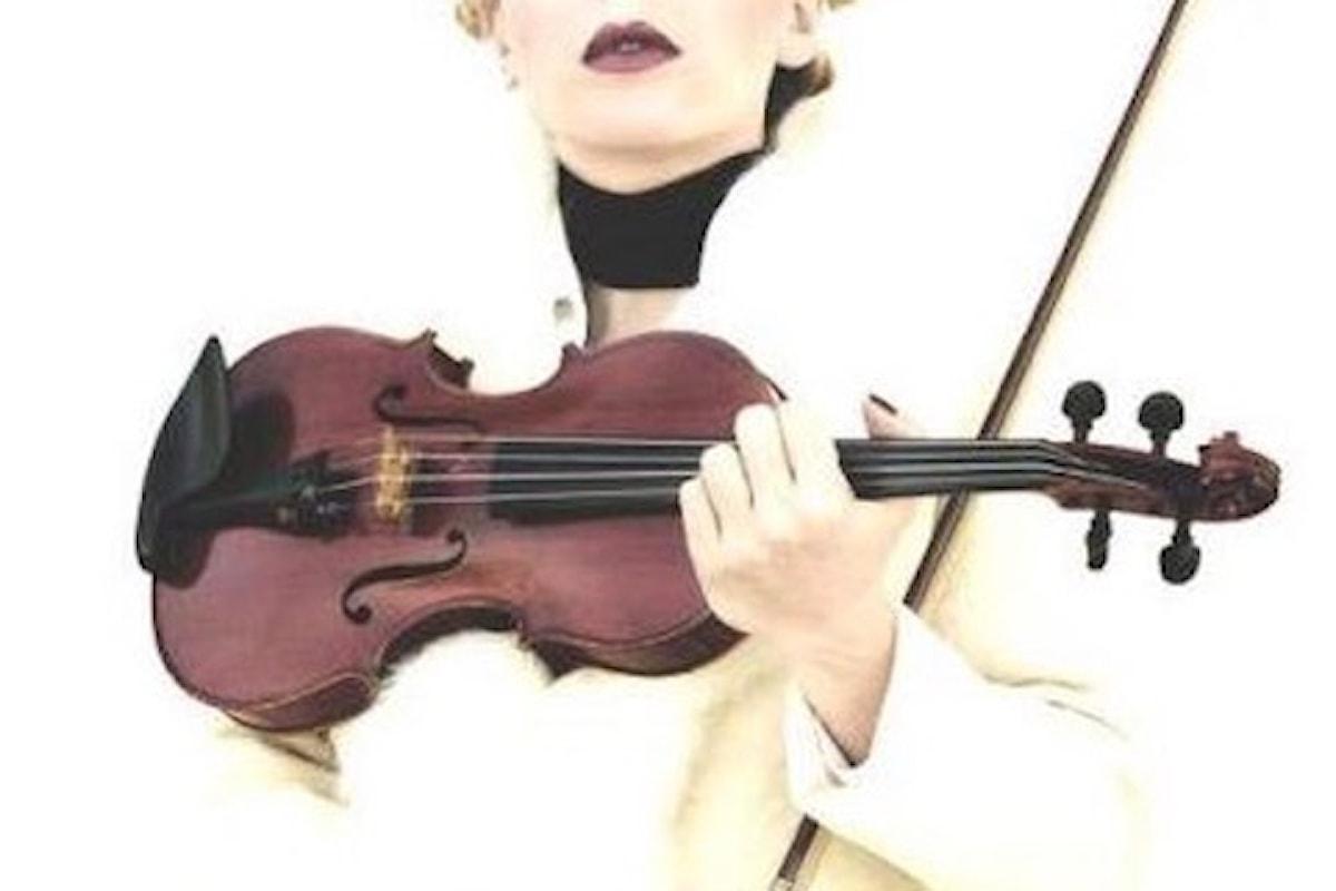 Alessandra Argentino e la sua No Snob Music alla Terrazza Hilton di Sorrento (NA) il 16 luglio