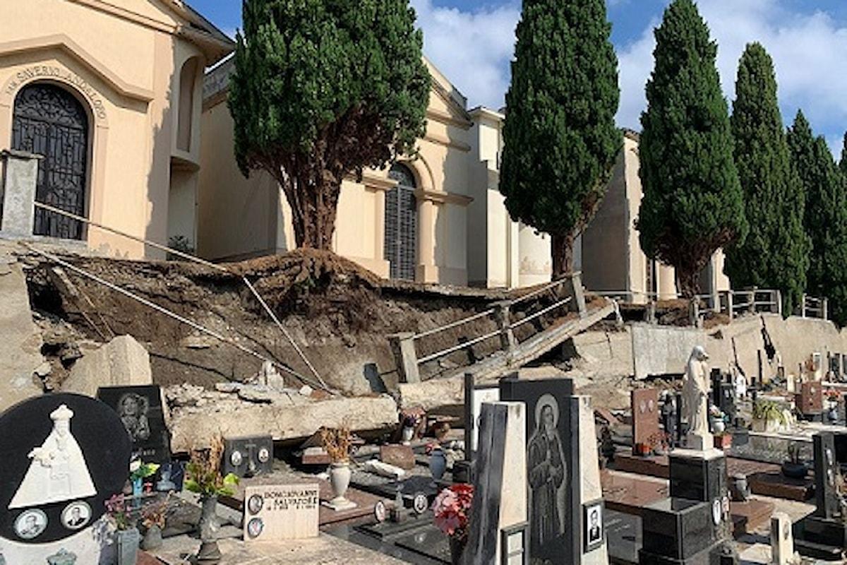 Milazzo (ME) – Nuovo crollo del muro di contenimento all'interno del cimitero comunale