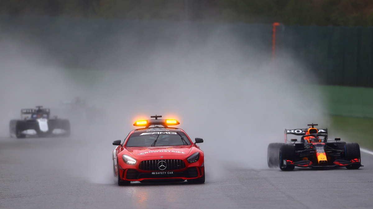 Verstappen vince il GP del Belgio, senza correre!