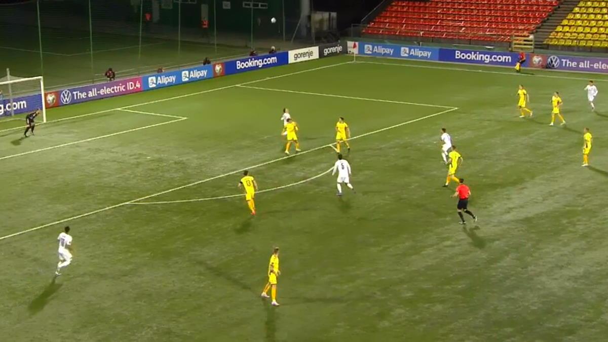 5-0 dell'Italia sulla Lituania mentre la Svizzera pareggia a Belfast