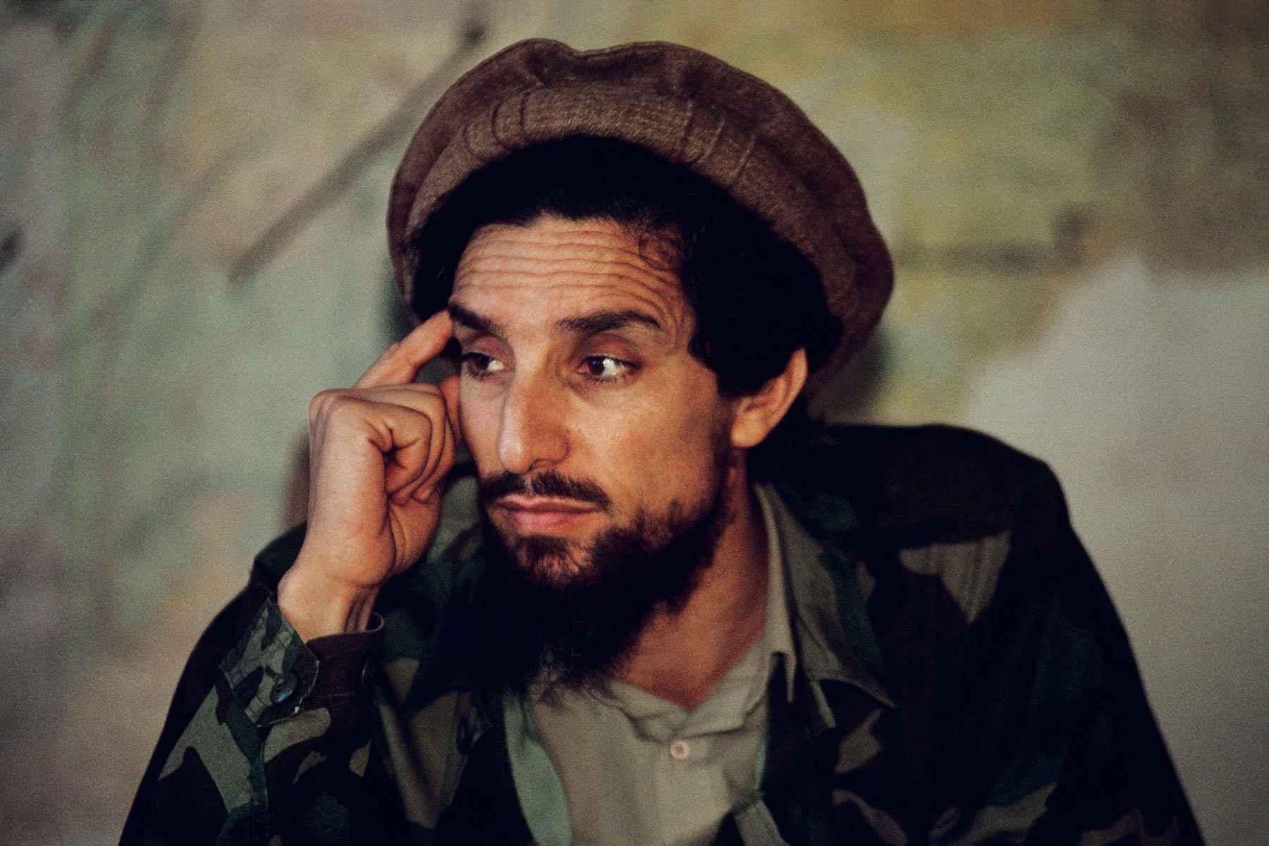 Il 9 settembre 2001 veniva ucciso, in un attentato suicida, Ahmad Sha Massoud