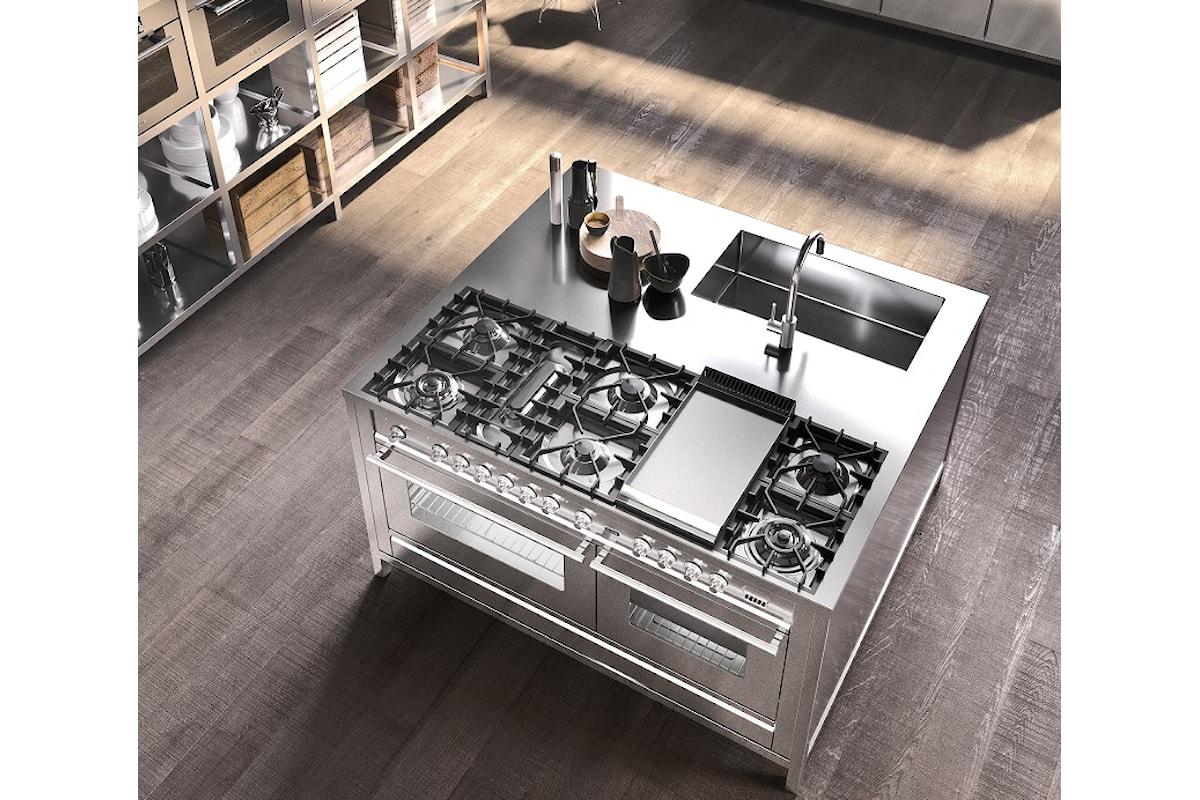 L'acciaio inox in cucina: così la cucina professionale di Ilve diventa domestica